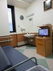 トイレを併設した個室